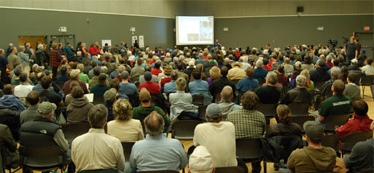 Standing room only at Campbell River public meeting on Bute Inlet